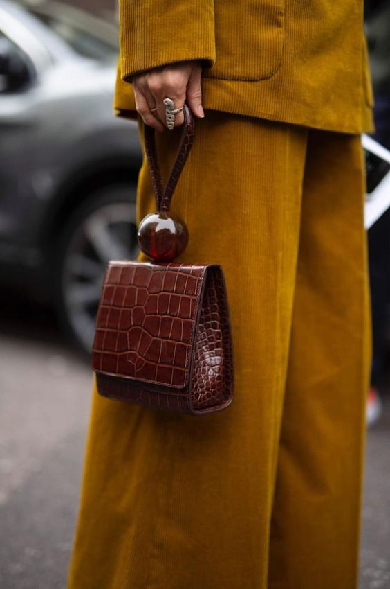 0f66cf7d5f74 HANDBAGS SPRING SUMMER 2019  TRENDS TO ADOPT - Personal Shopper Roma